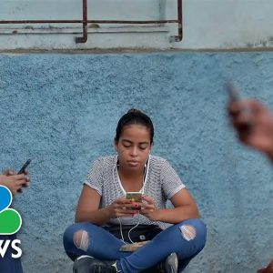 Report Shows Latinos More Likely To Consume, Share Online Misinformation